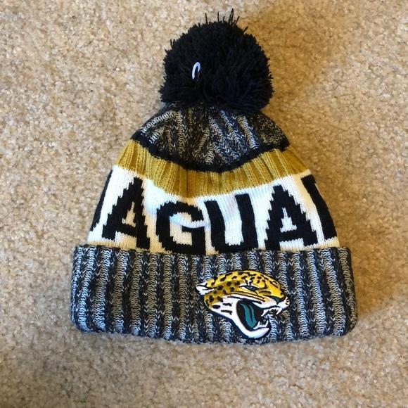 NFL Jaguars beanie BRAND NEW. M 5a4e3f92caab44e51300769f 4c8064ba433